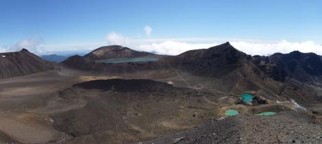Hiking Tongariro Crossing